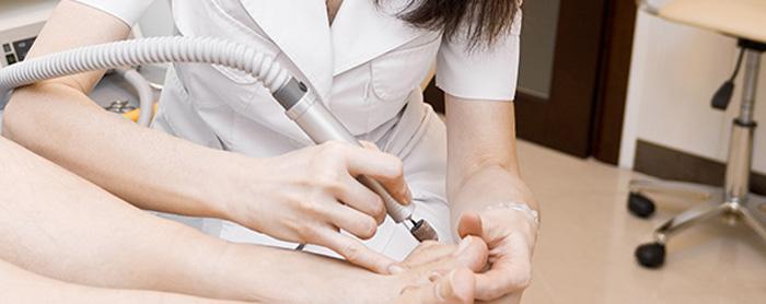 Европейский педикюр походит только тем, кто постоянно следит за кожей ног