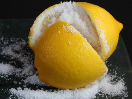 Мякоть и цедра лимона